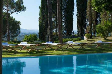 The outdoor swimming pool has been part of the history of the villa for a hundred years.