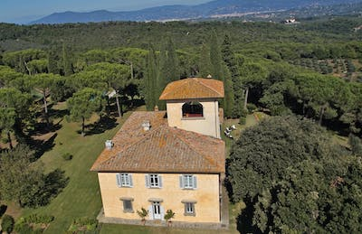 An aerial view of the Villa La Tavernaccia towards Florence.