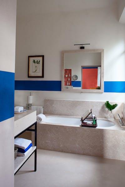 Third bathroom on the first floor of Villa Tavernaccia
