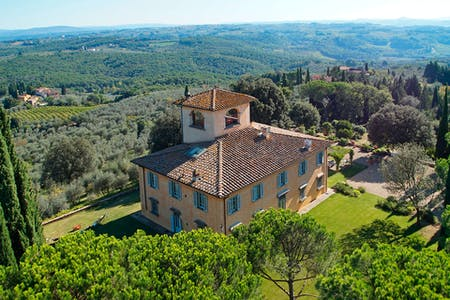 An aerial view of the Villa La Tavernaccia and its gardens.