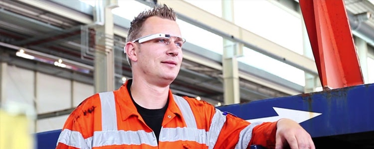 Service mechanic with Google Glass