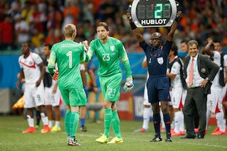 Substitution of two football keepers during 2014 World Cup match