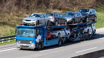 Two level car carrier truck