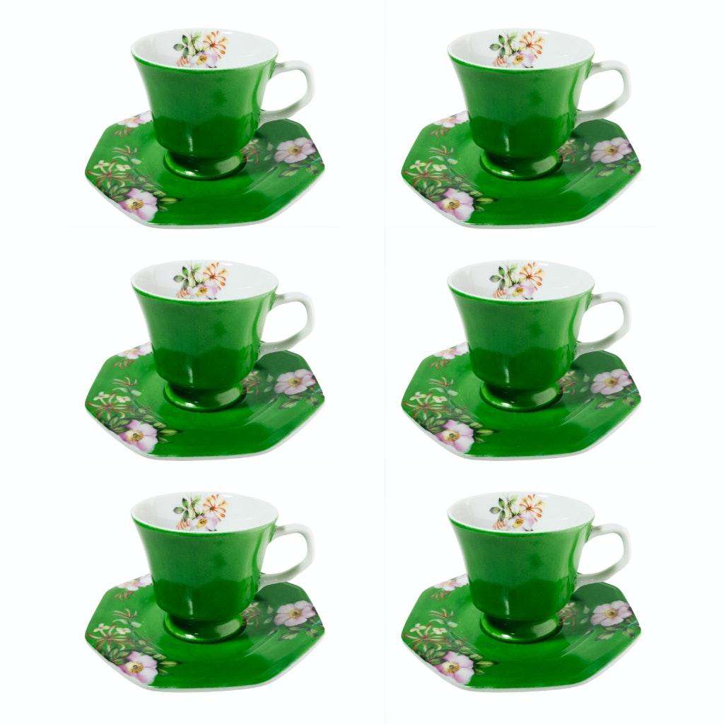 Conjunto de 6 peças em porcelana de xícara de chá e pires.