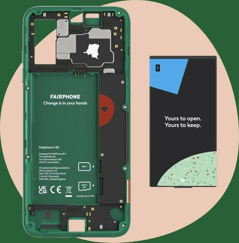 Internal components of Fairphone 4 mobile phone