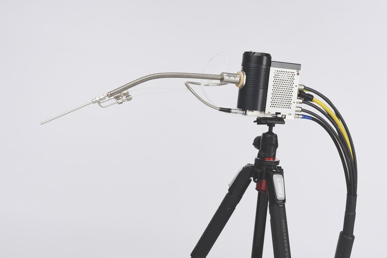 Cambustion NDIR500 sample head on tripod