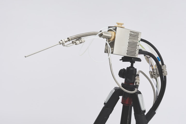 Cambustion CLD500 sample head on tripod