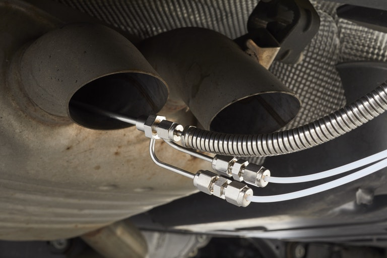 Cambustion sample probe in vehicle exhaust