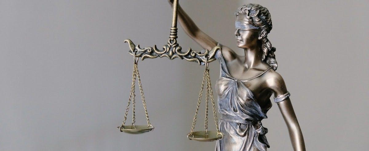 avukat lutfi kurt