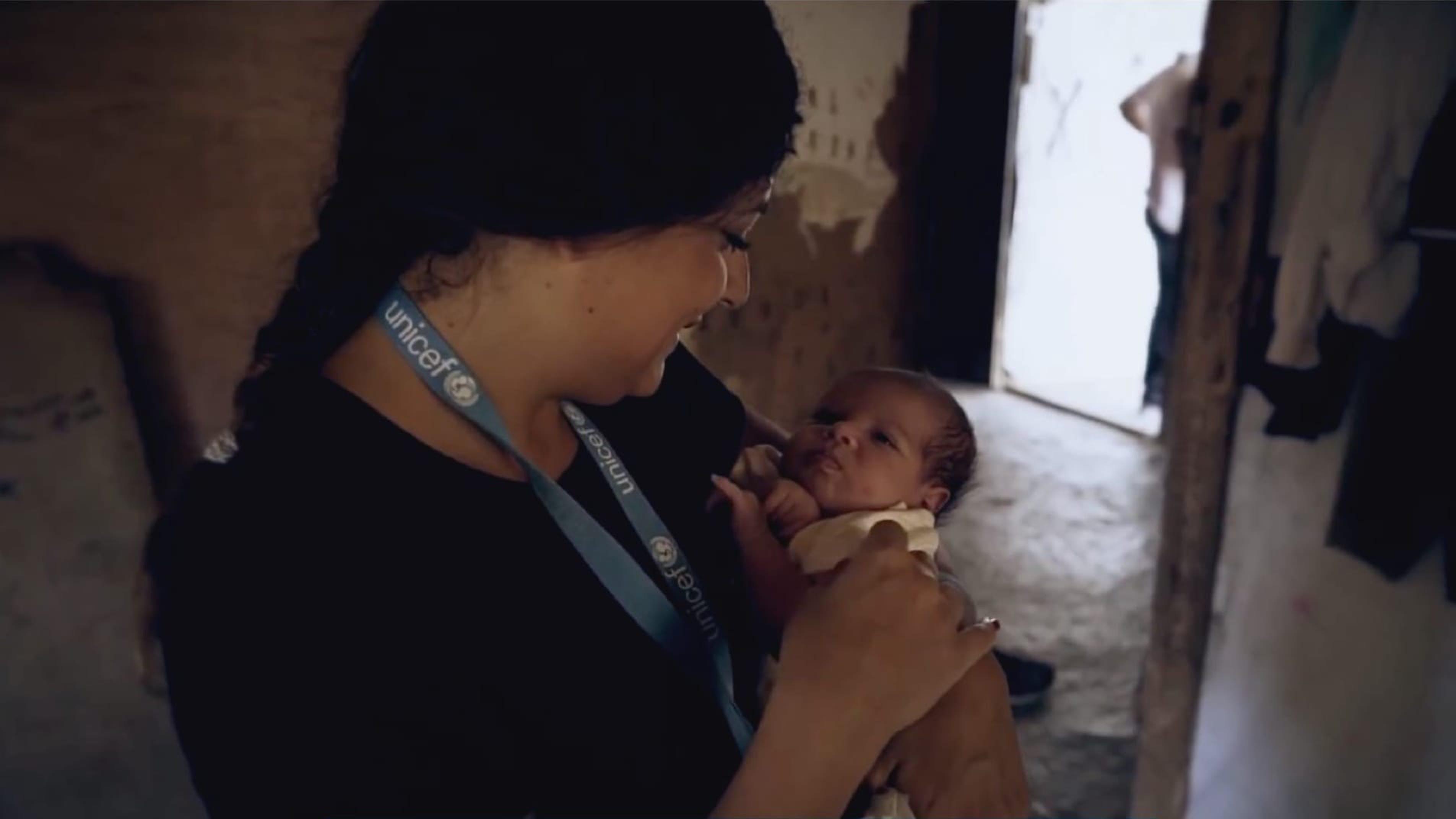 Lavorare per l'UNICEF è una scelta che ispira molte persone, volontari e professionisti in Italia e nel mondo