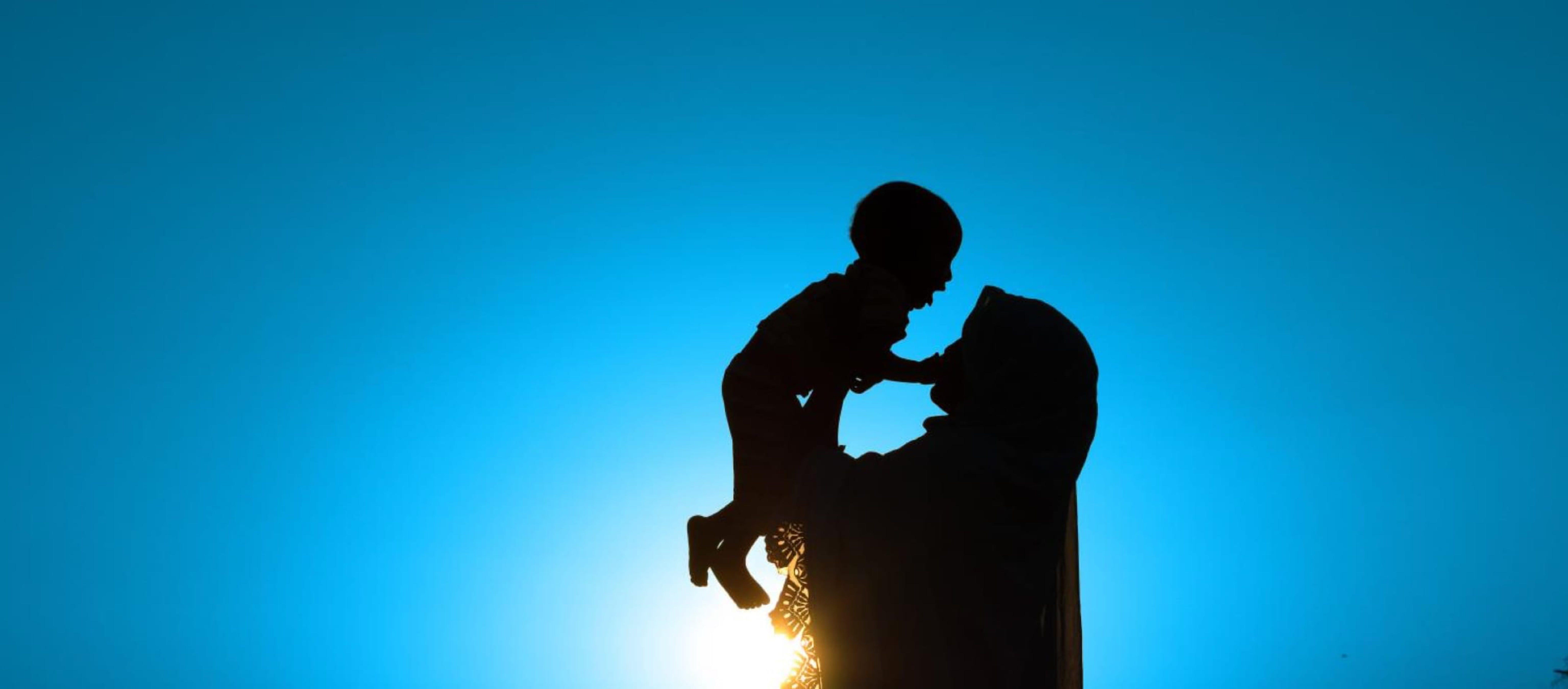 L'immagine di una donna e un bambino che ha ispirato il logo dell'UNICEF, Fondo delle Nazioni Unite per l'Infanzia