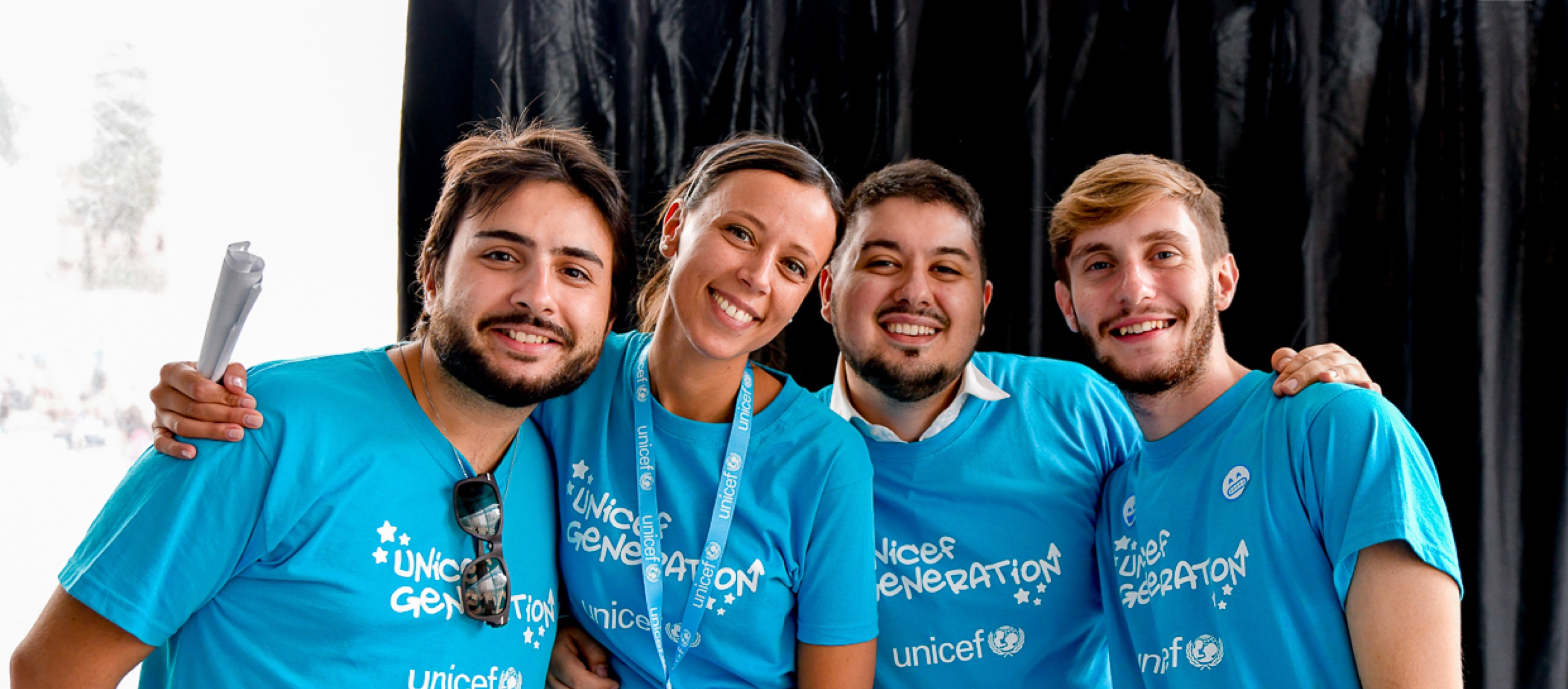 Volontari del programma Younicef