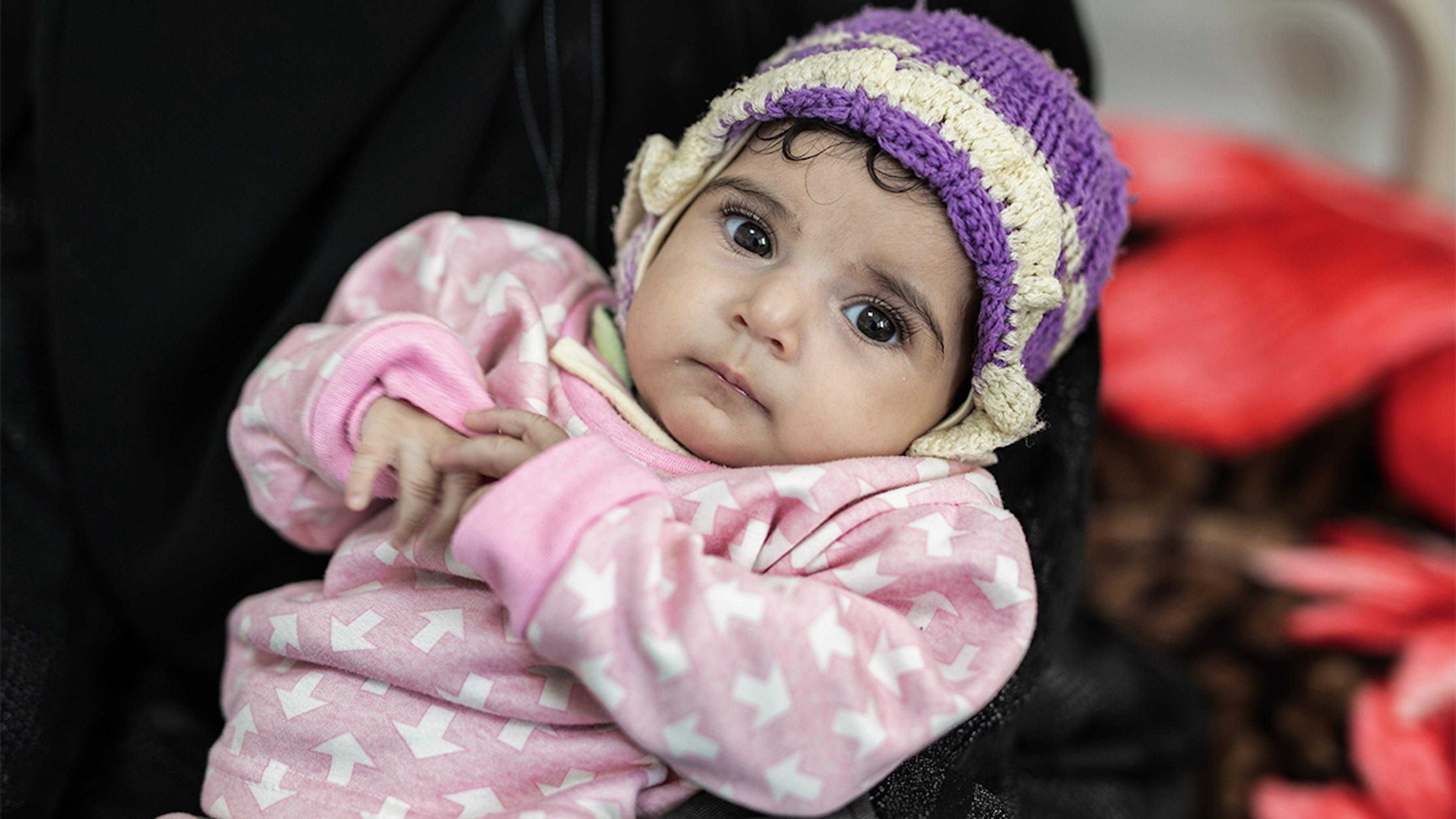 bambina-yemen