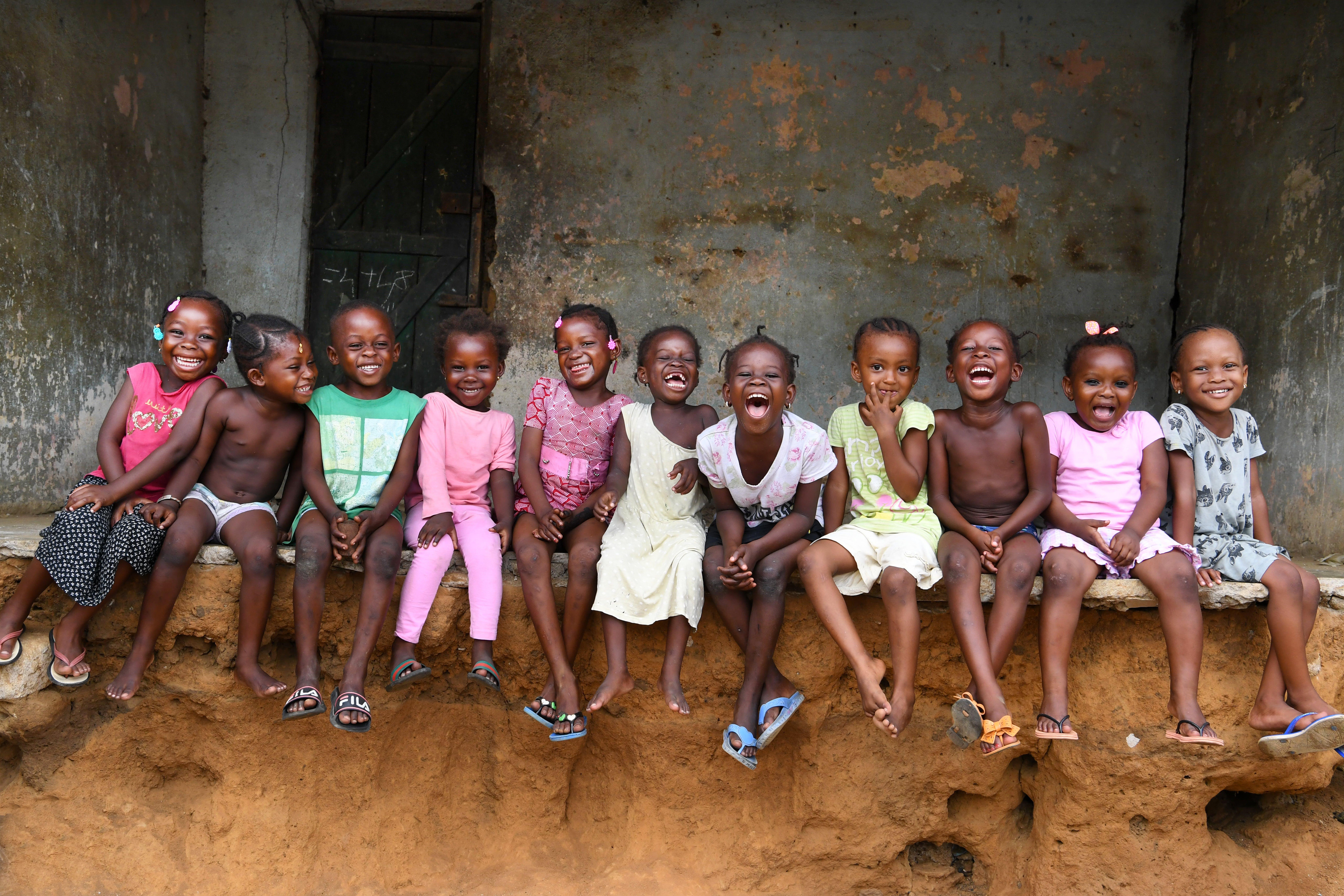 Bambini della Costa D'Avorio che sorridono