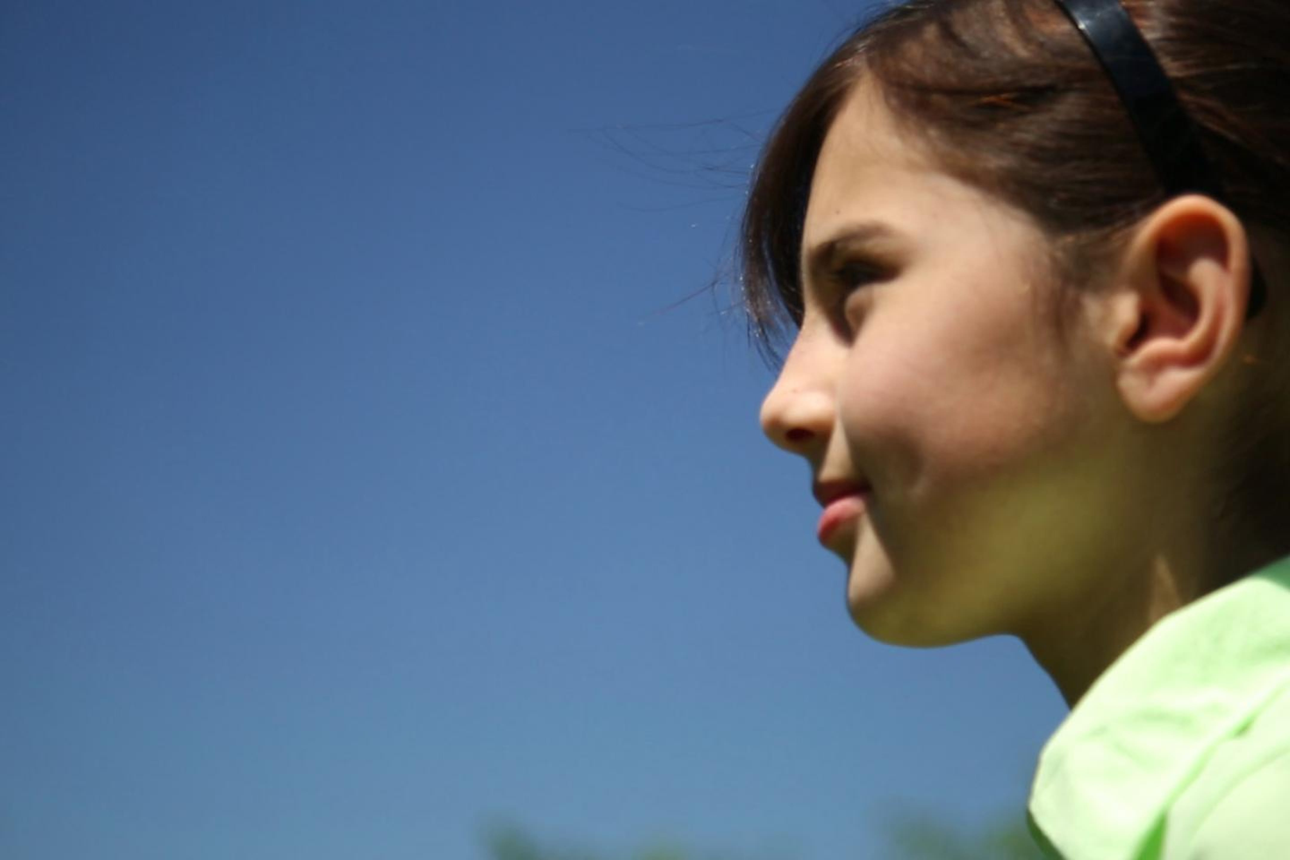 Sana, 10 anni, è una rifugiata afghana