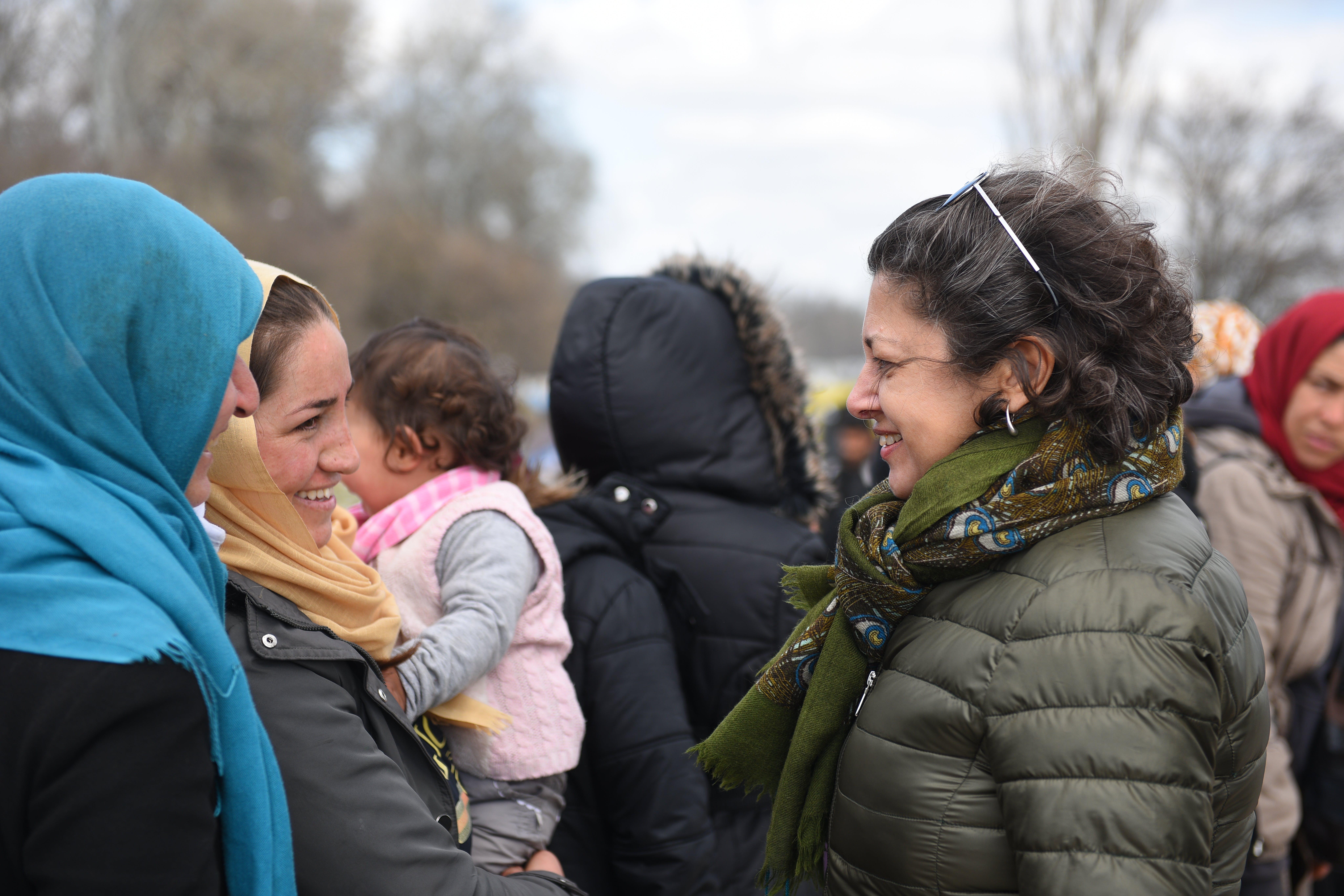 Afshan Khan, visita il valico di frontiera di Pazarkule vicino a Edirne, in Turchia