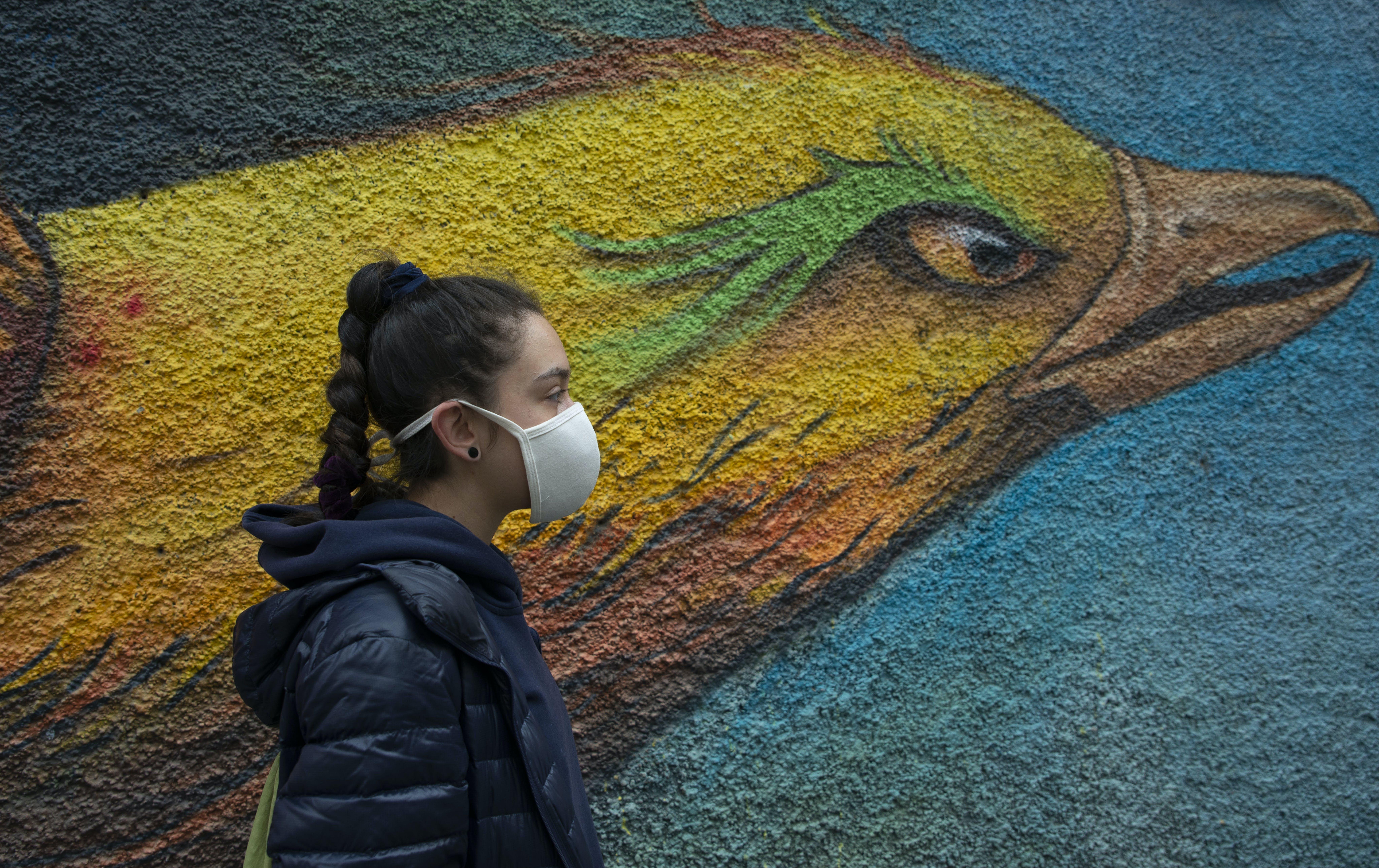 Nina, 17 anni, è una giovane studentessa boliviana interessata all'ambiente