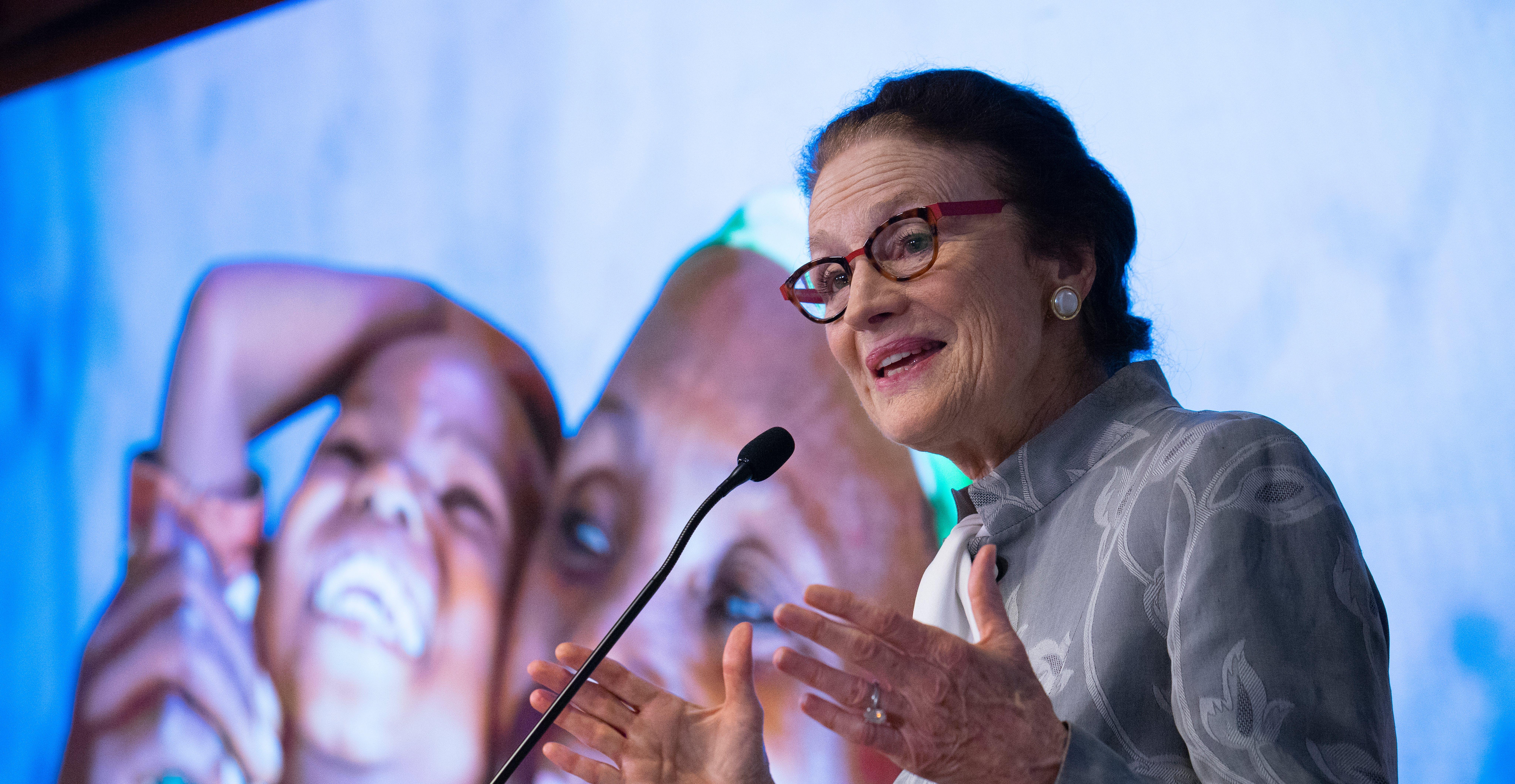 Henrietta Fore in una conferenza stampa a NY