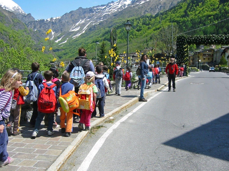 In Valle Brembana i giovani scalano il futuro