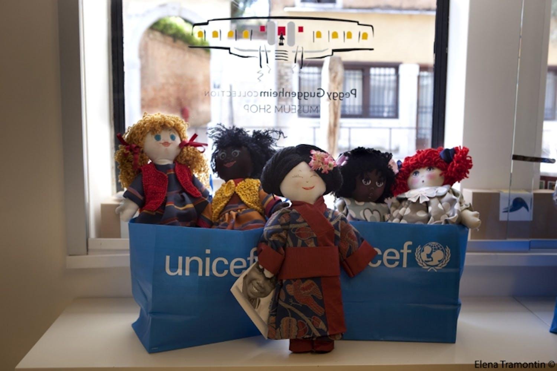 Le Pigotte dell'UNICEF al Bookshop della Collezione Peggy Guggenheim di Venezia