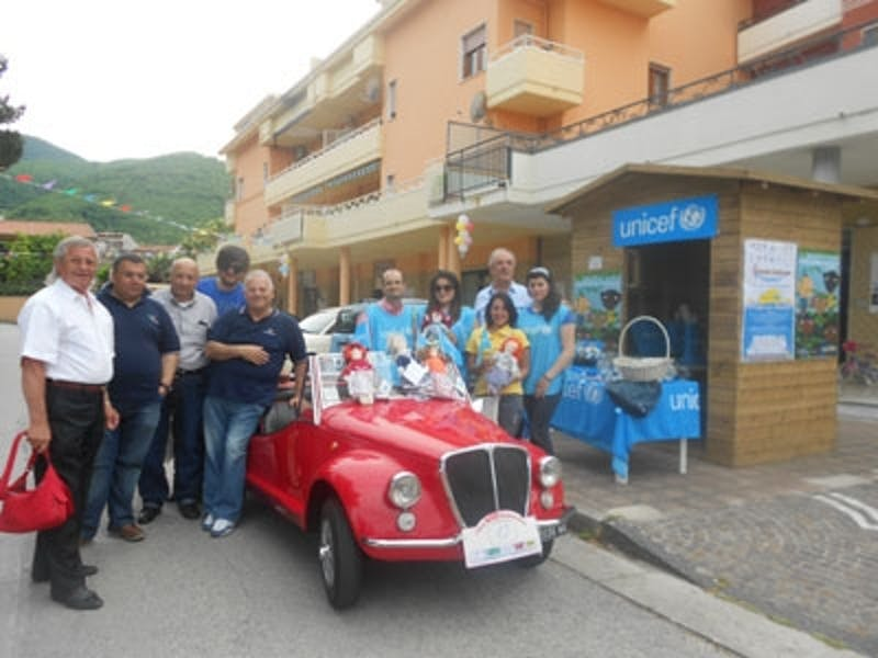 A Rotondi (AV) un raduno solidale delle storiche Fiat 500