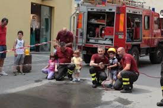 Torino, vigili del fuoco per un giorno con