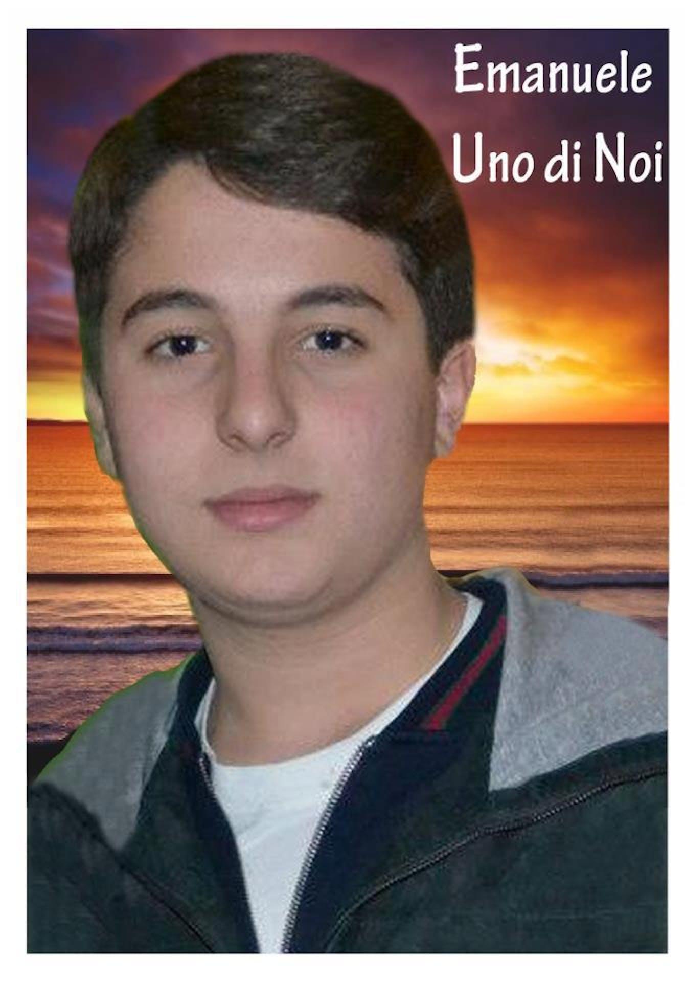 Gli studenti di Aversa ricordano Emanuele