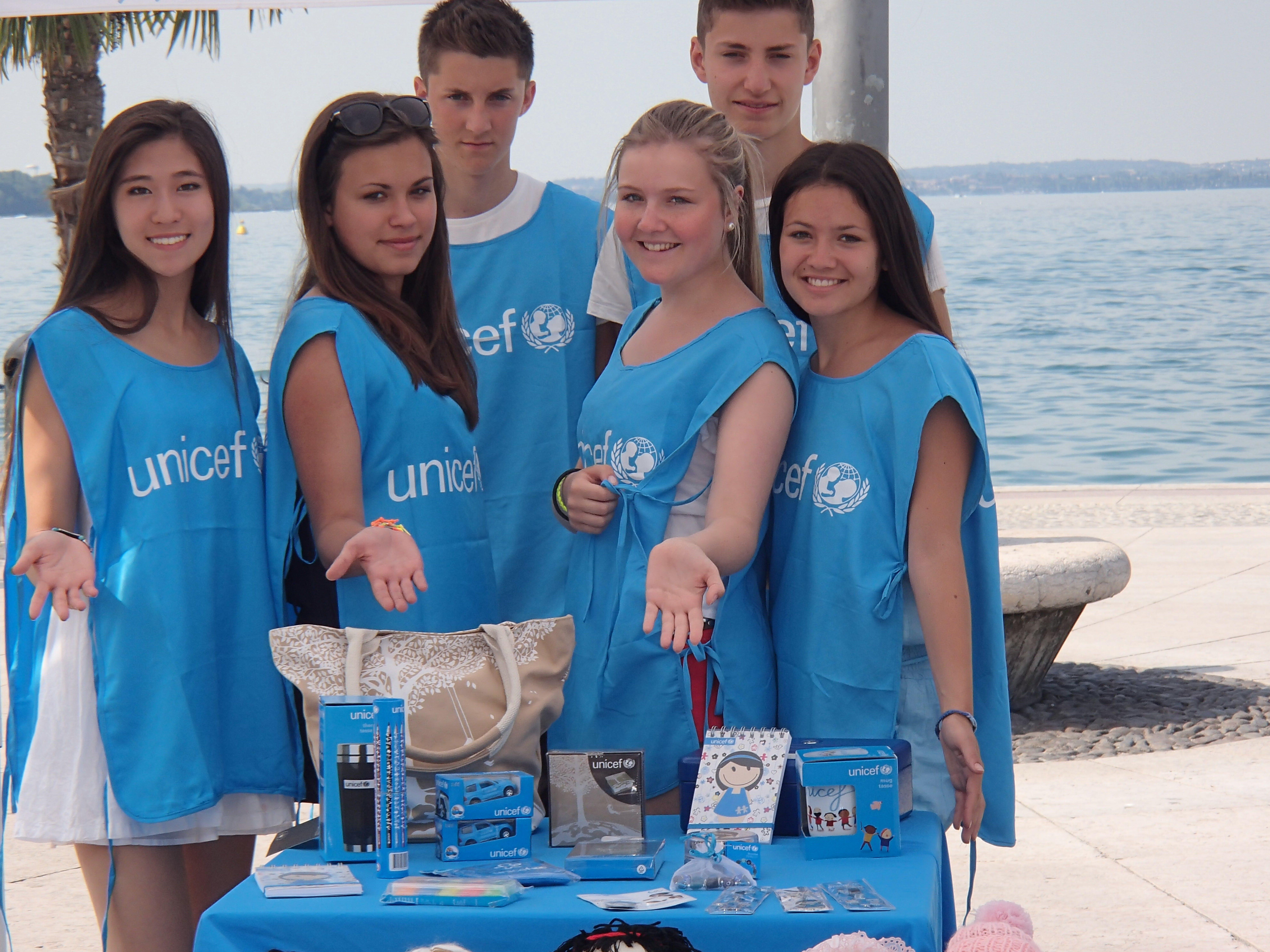 Studenti tedeschi volontari per l'UNICEF a Verona