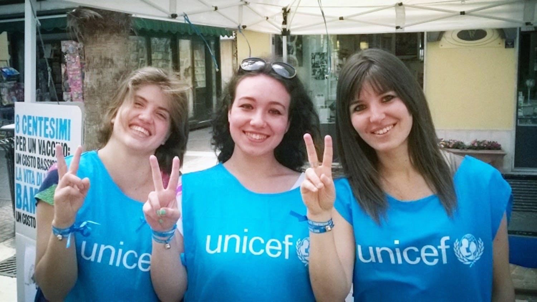 Ascoli Piceno: i volontari scendono in piazza