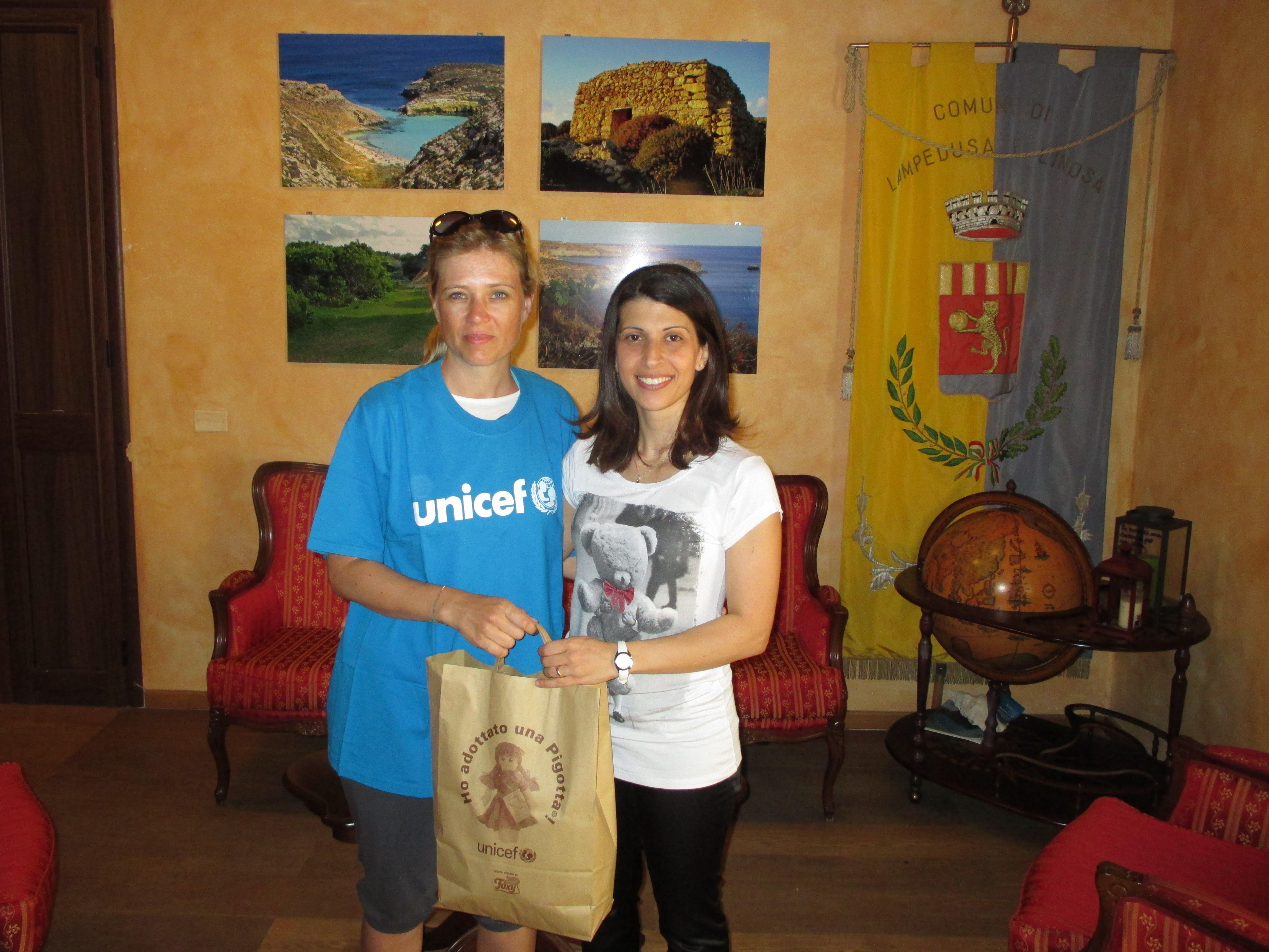 Vicenza: le pigotte portano il sorriso a Lampedusa