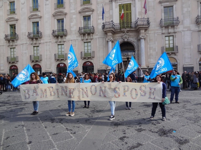 I giovani di Catania uniti per i diritti delle bambine