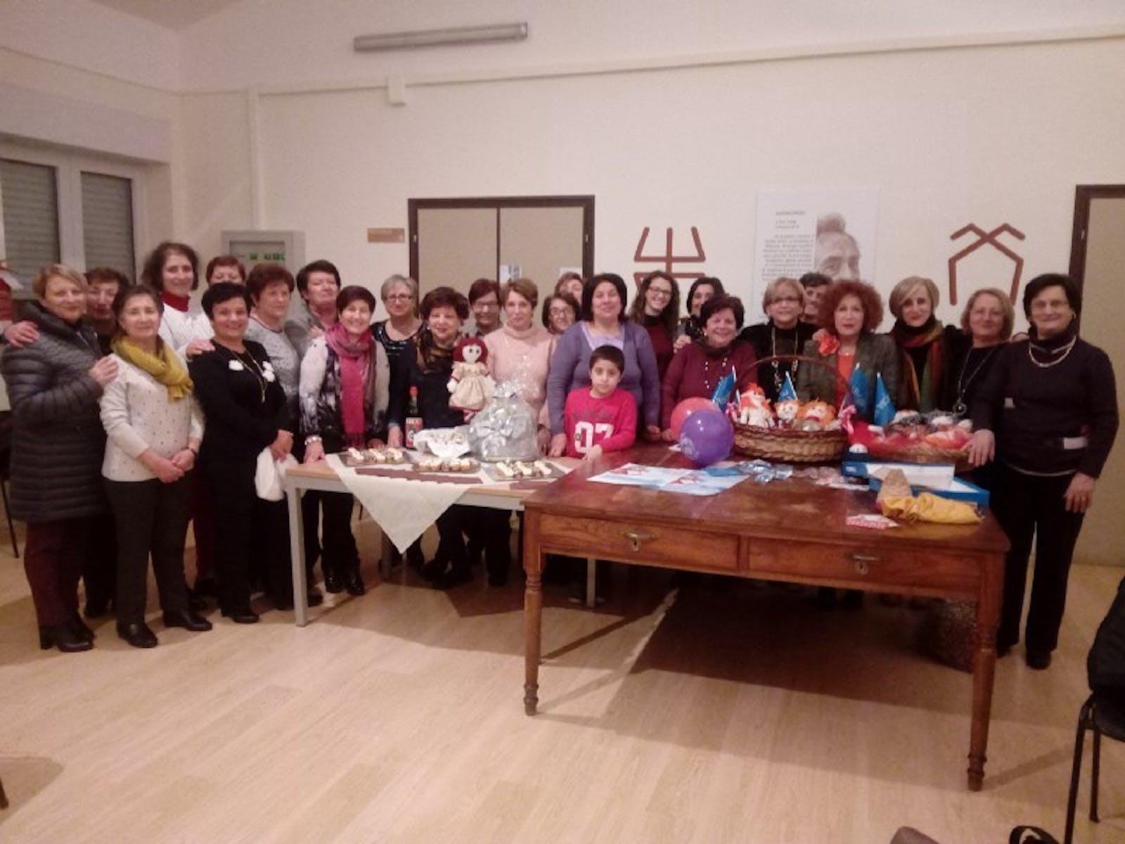 """L'Associazione """"Donne 99"""" di Tito con l'UNICEF per aiutare i bambini di tutto il mondo"""