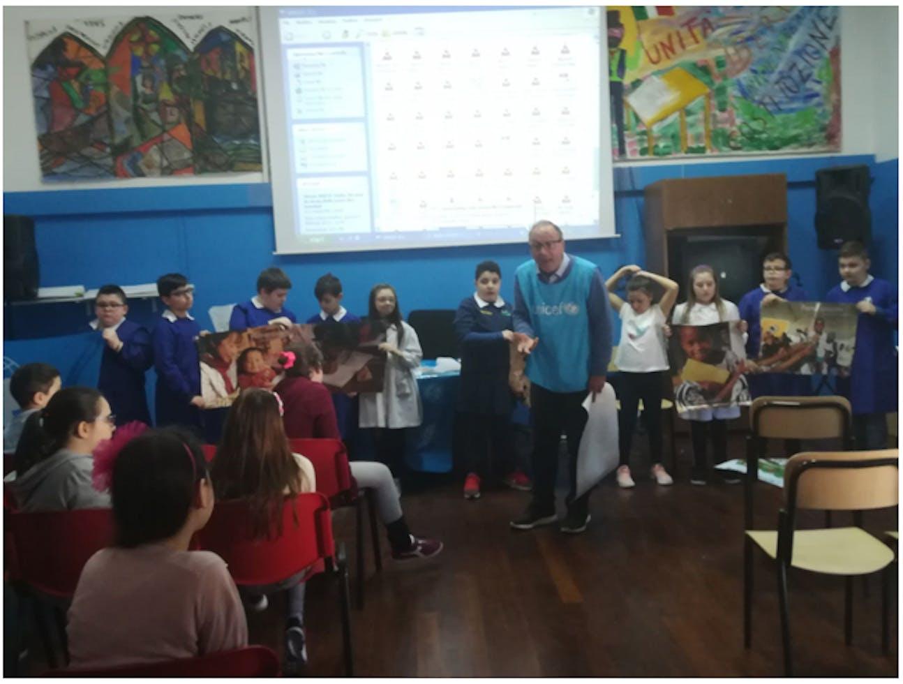 """La scuola primaria """"Domenico Savio"""" di Potenza con Mario Coviello"""
