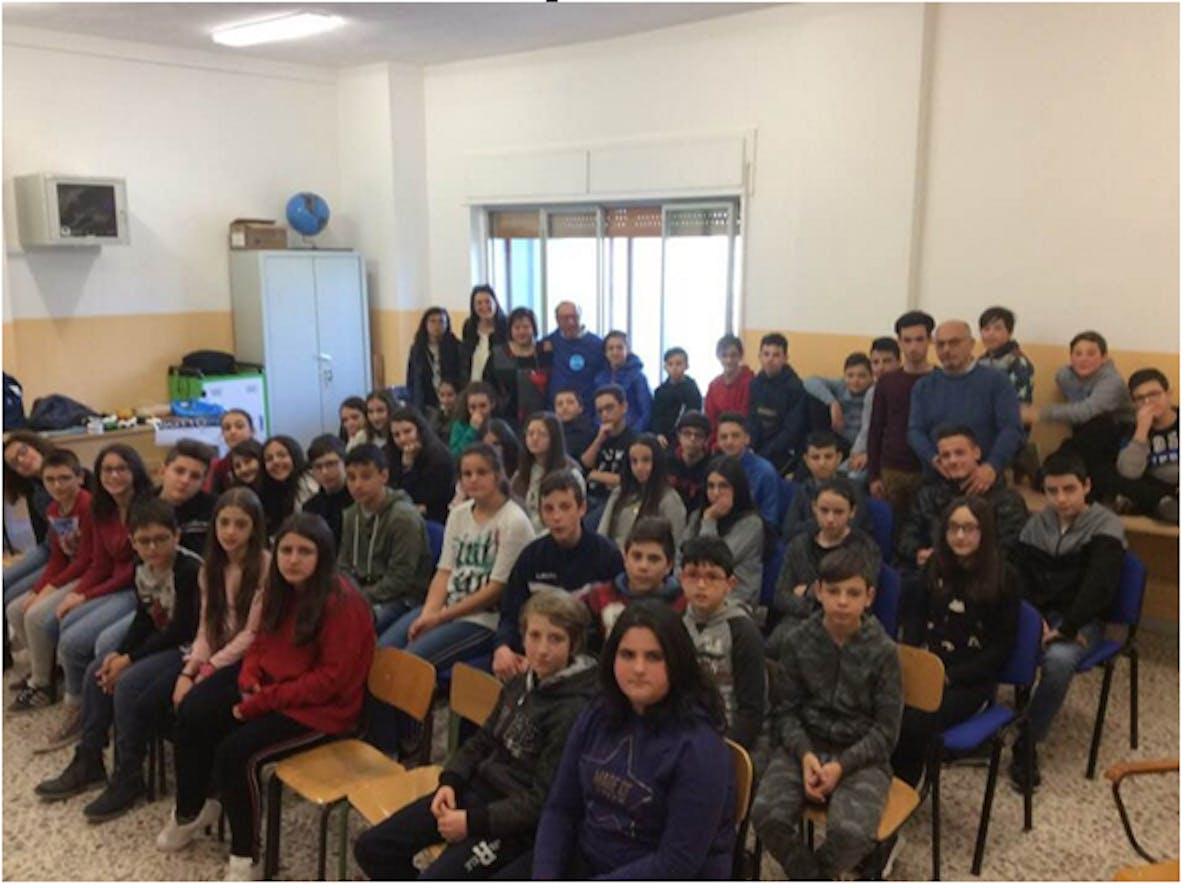 La seconda media con le prof. Pierangela Derosa e Maria Palmiero
