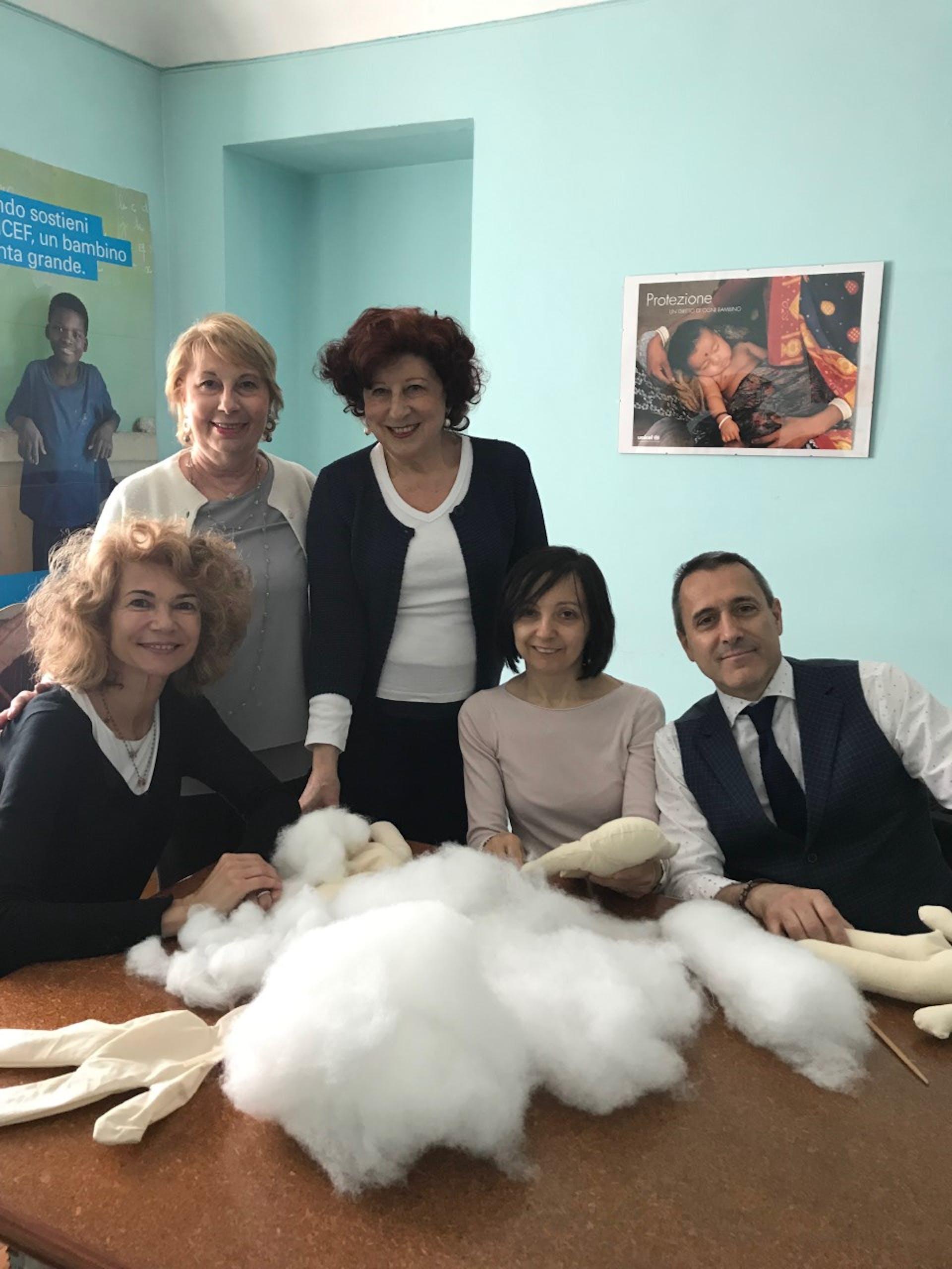 Dipendenti del Gruppo UBI per un giorno Volontari UNICEF