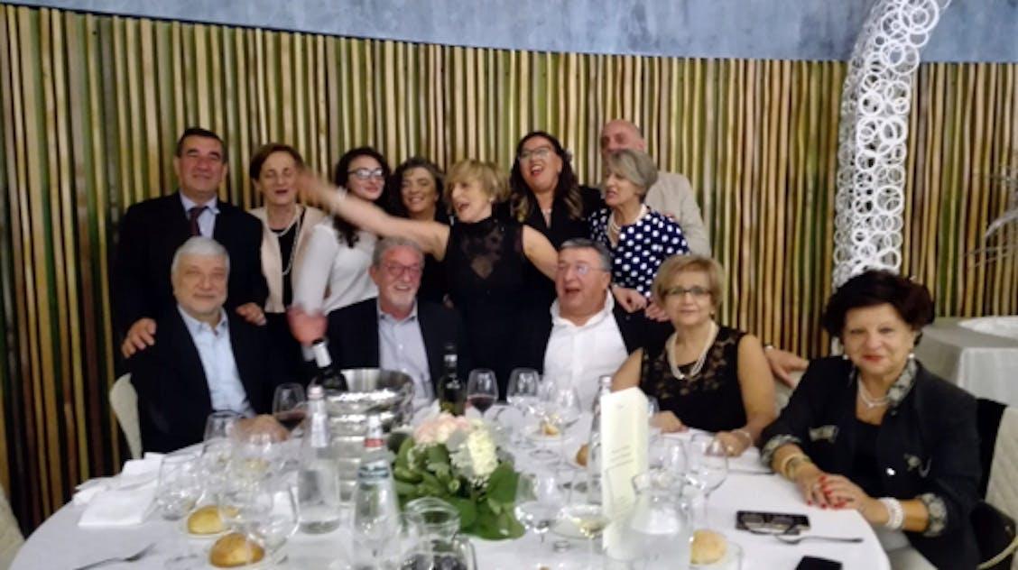 Angela con i suoi amici di Tito