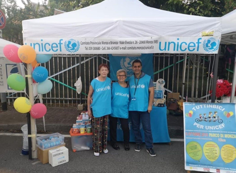 I volontari Cristina, Giovanni e Valentina