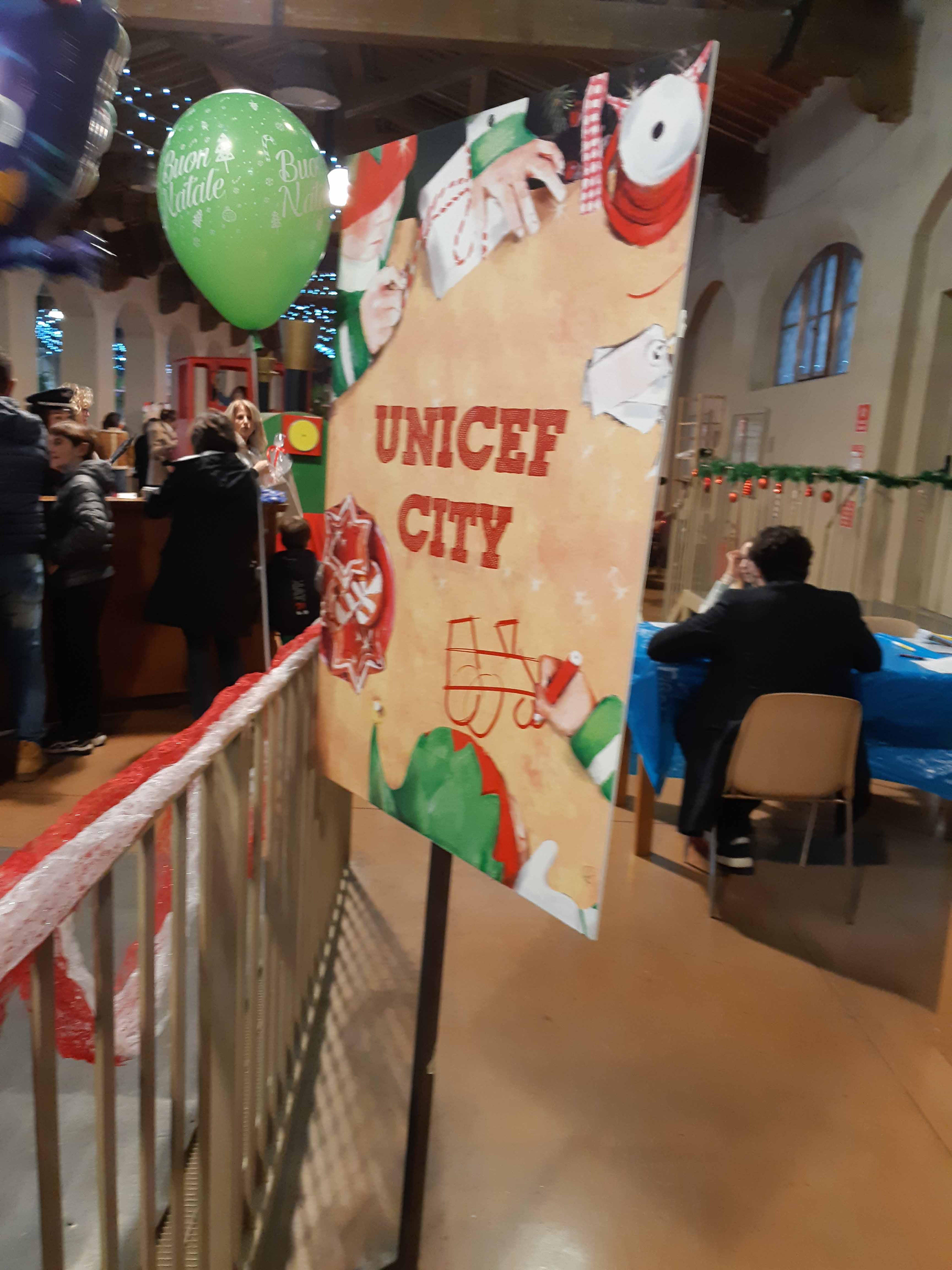 Stazione incantata alla Leopolda di Pisa con UNICEF City