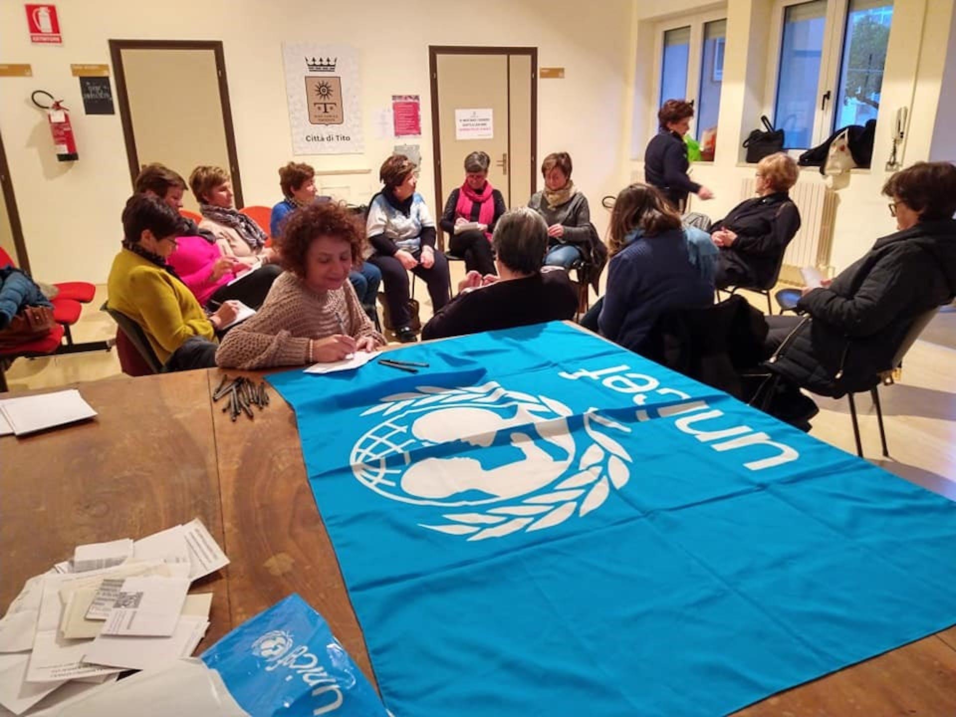 """La festa della donna al tempo del coronavirus: UNICEF e Associazione """"Donne 99"""" di Tito in ascolto delle emozioni"""