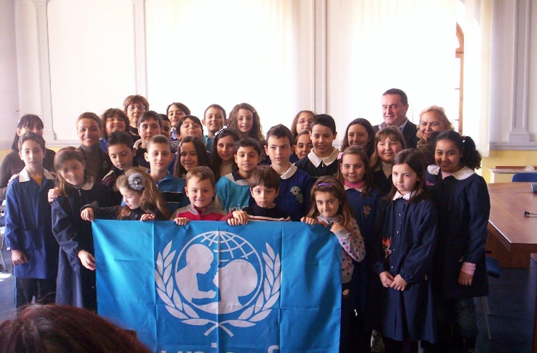 Il Sindaco di Civitavecchia riceve il rapporto UNICEF 2011
