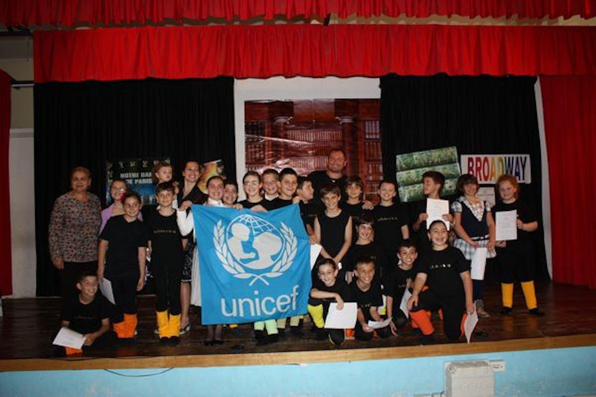 Giovani attori per l'UNICEF a Civitavecchia