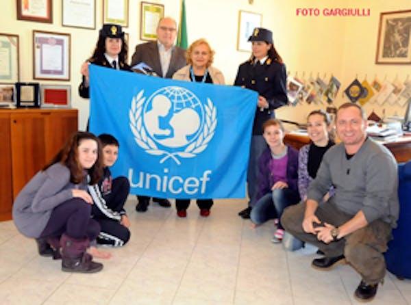 Piccoli Ambasciatori UNICEF con la Polizia di Stato