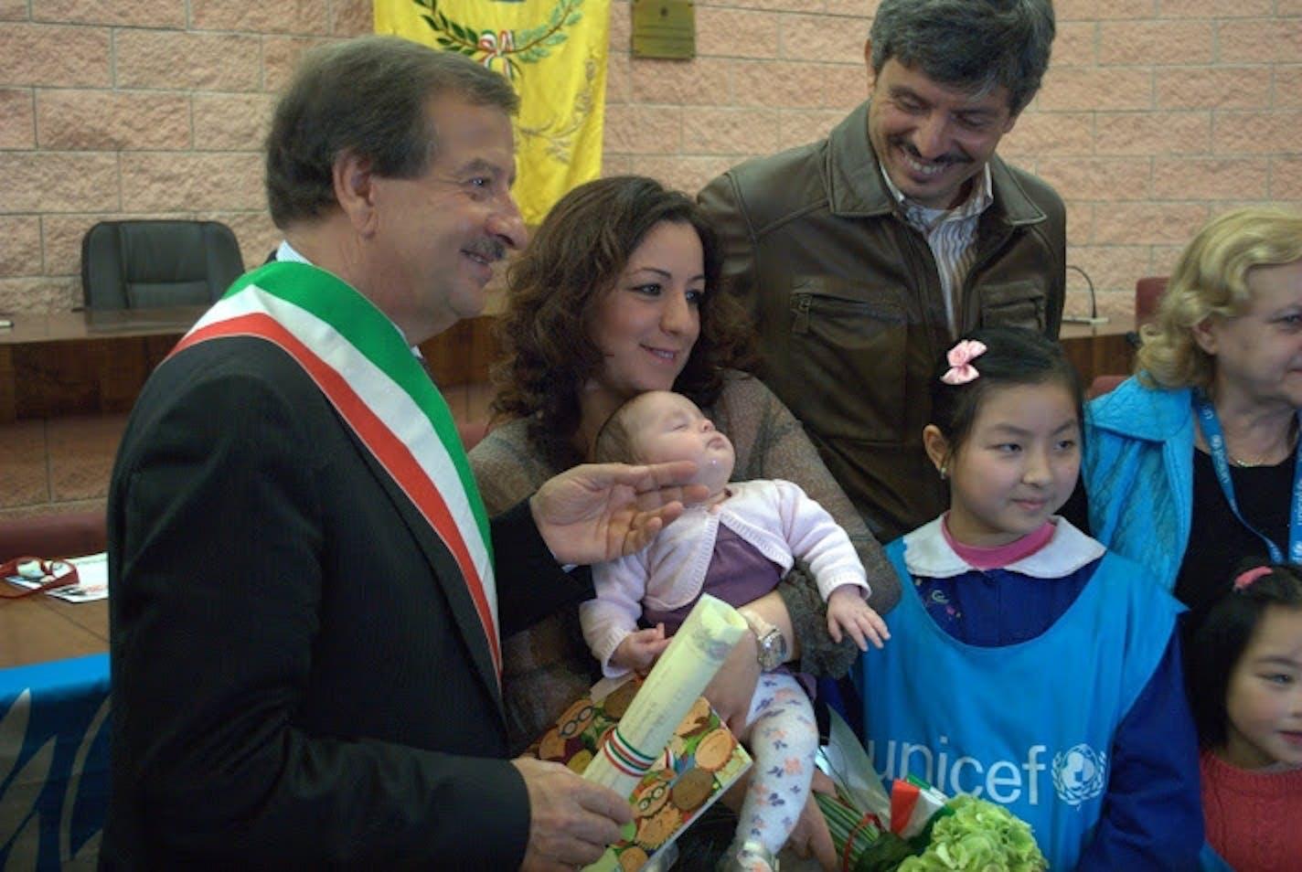 Civitavecchia, prima cittadinanza onoraria per bambini di origine straniera