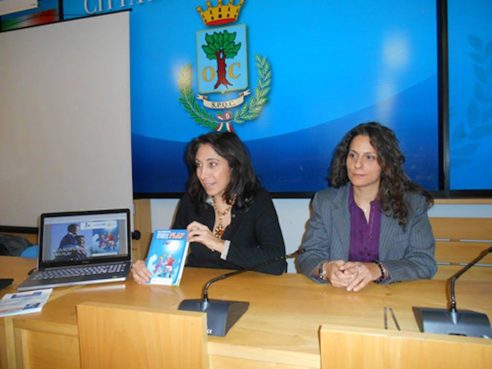 Il Vice Sindaco Daniela Lucernoni  e Manuela Trombetta ideatrice del Progetto