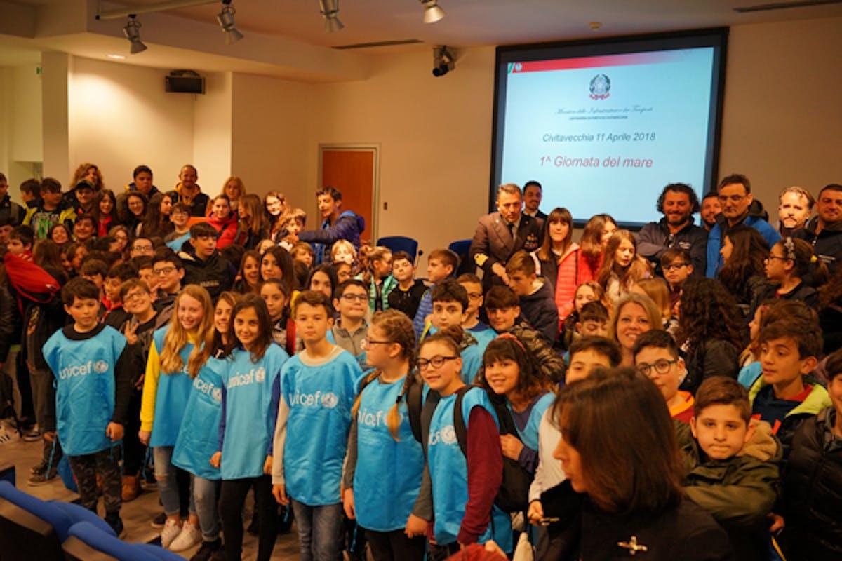 Gruppo di alunni Ambasciatori di Pace - foto di Tino Romano