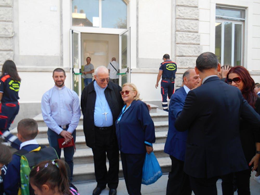 Il Vescovo Marrucci con Pina Tarantino