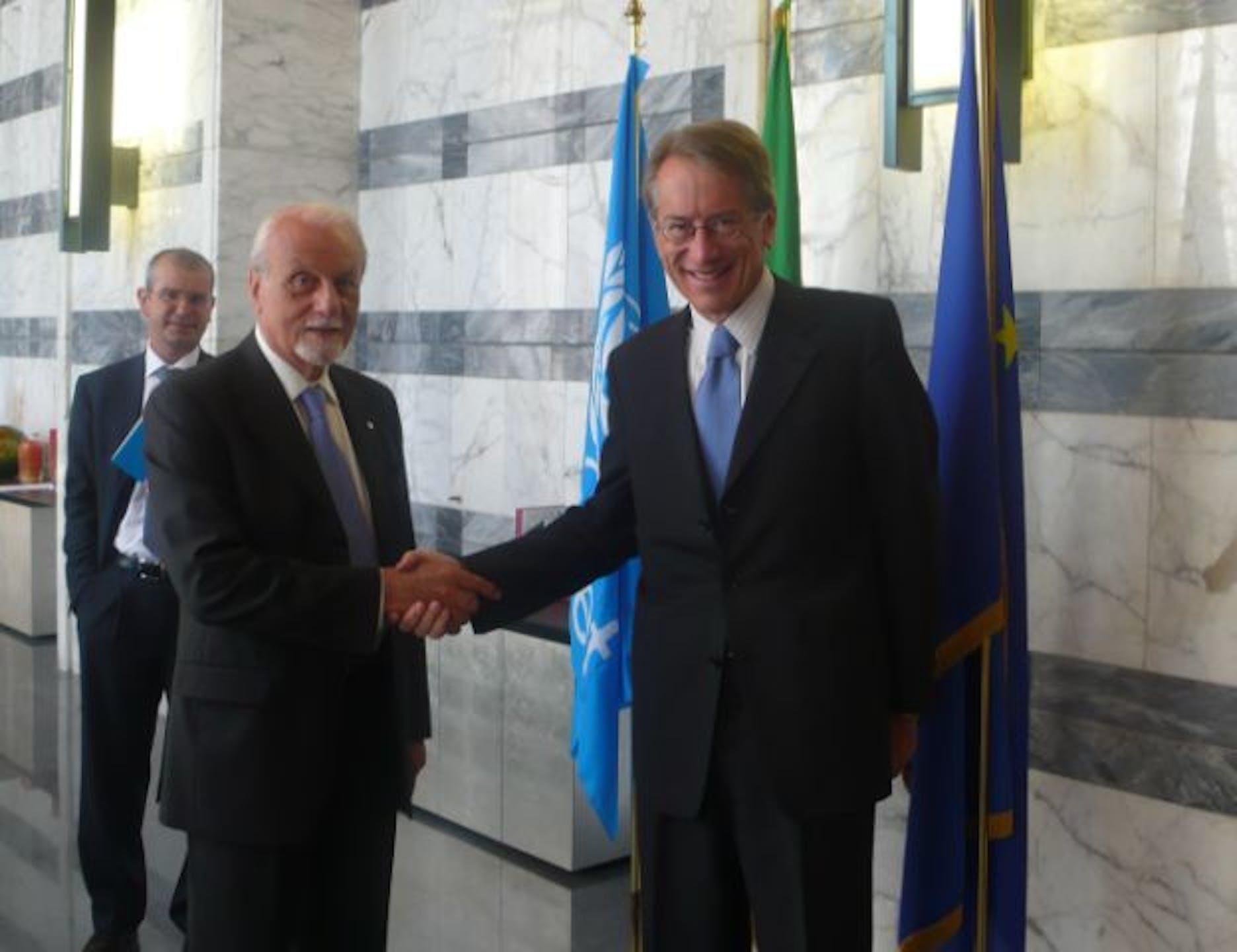 Il Presidente UNICEF Giacomo Guerrera incontra il Ministro degli Esteri Giulio Terzi