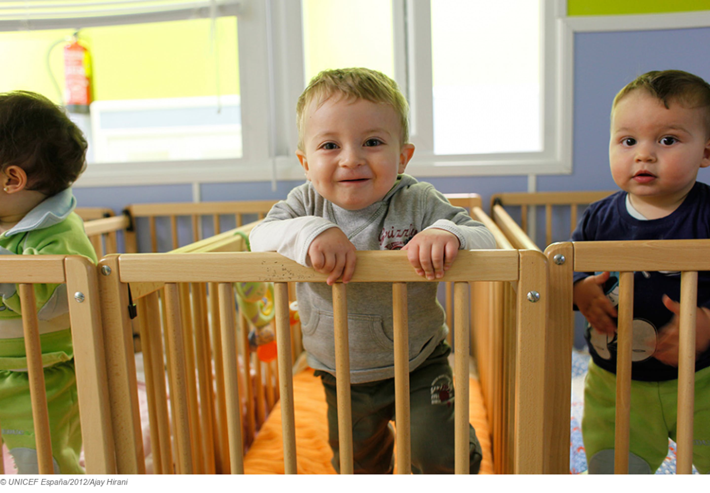Bambini spagnoli: secondo i dati Euristat 2011 l'infanzia è la fascisa di età più povera nel paese iberico - ©UNICEF Spagna/2012/Ajay Hirani