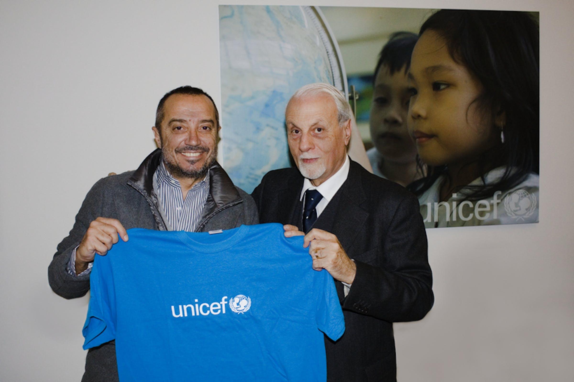 Franco Di Mare con il presidente dell'UNICEF Italia, Giacomo Guerrera - ©UNICEF Italia/2013/Alessandro Longobardi
