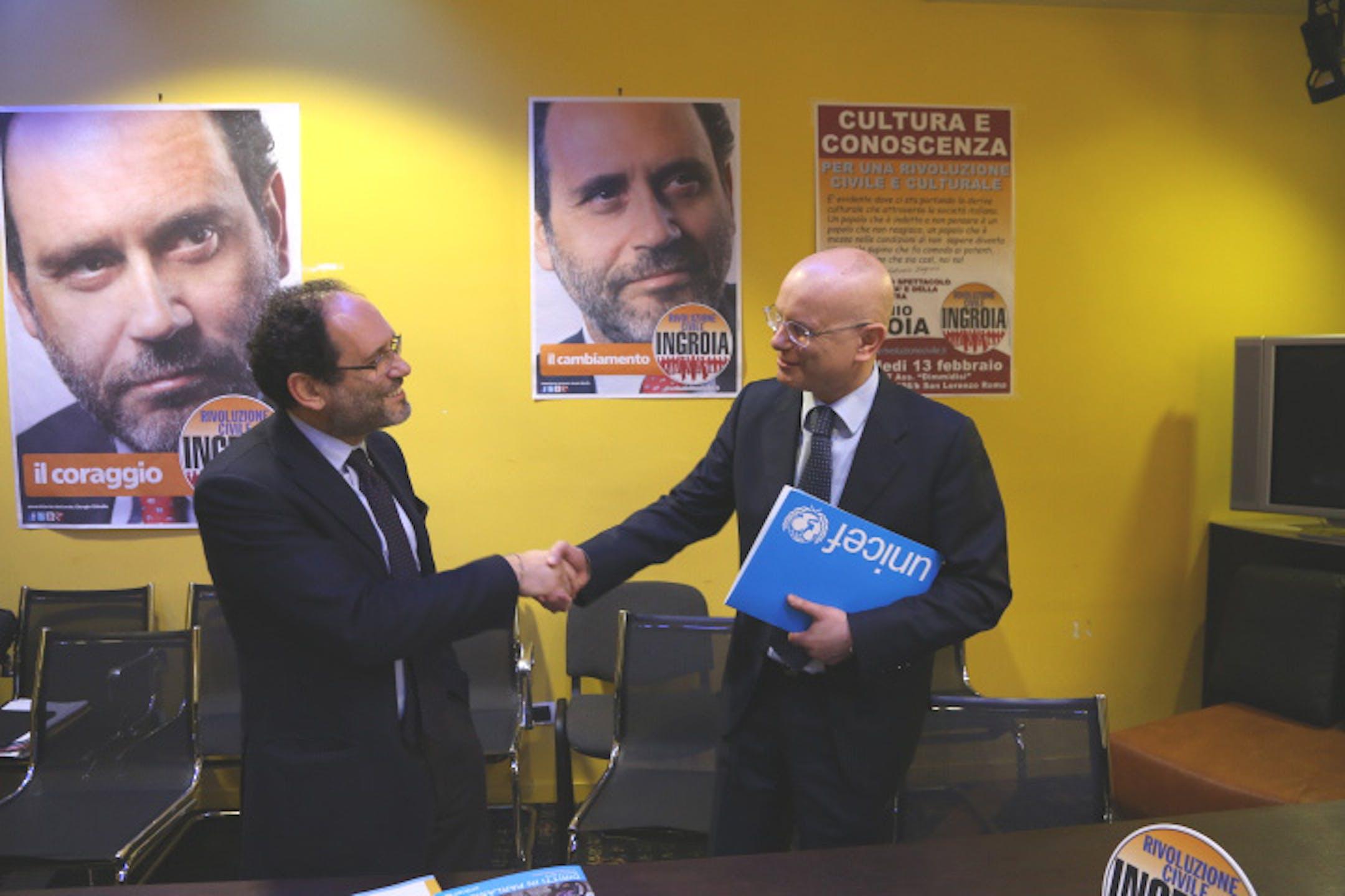Antonio Ingroia (Rivoluzione Civile) con il Direttore generale dell'UNICEF Italia - ©Valerio Serafini